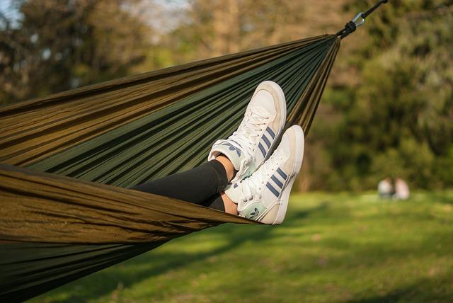 hammock-2239788_640