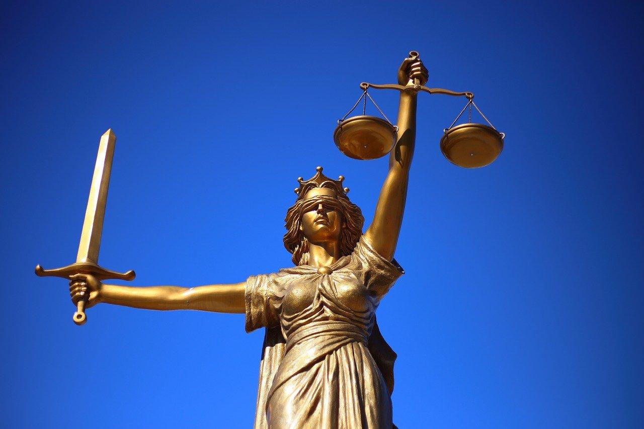 justice-2060093_1280