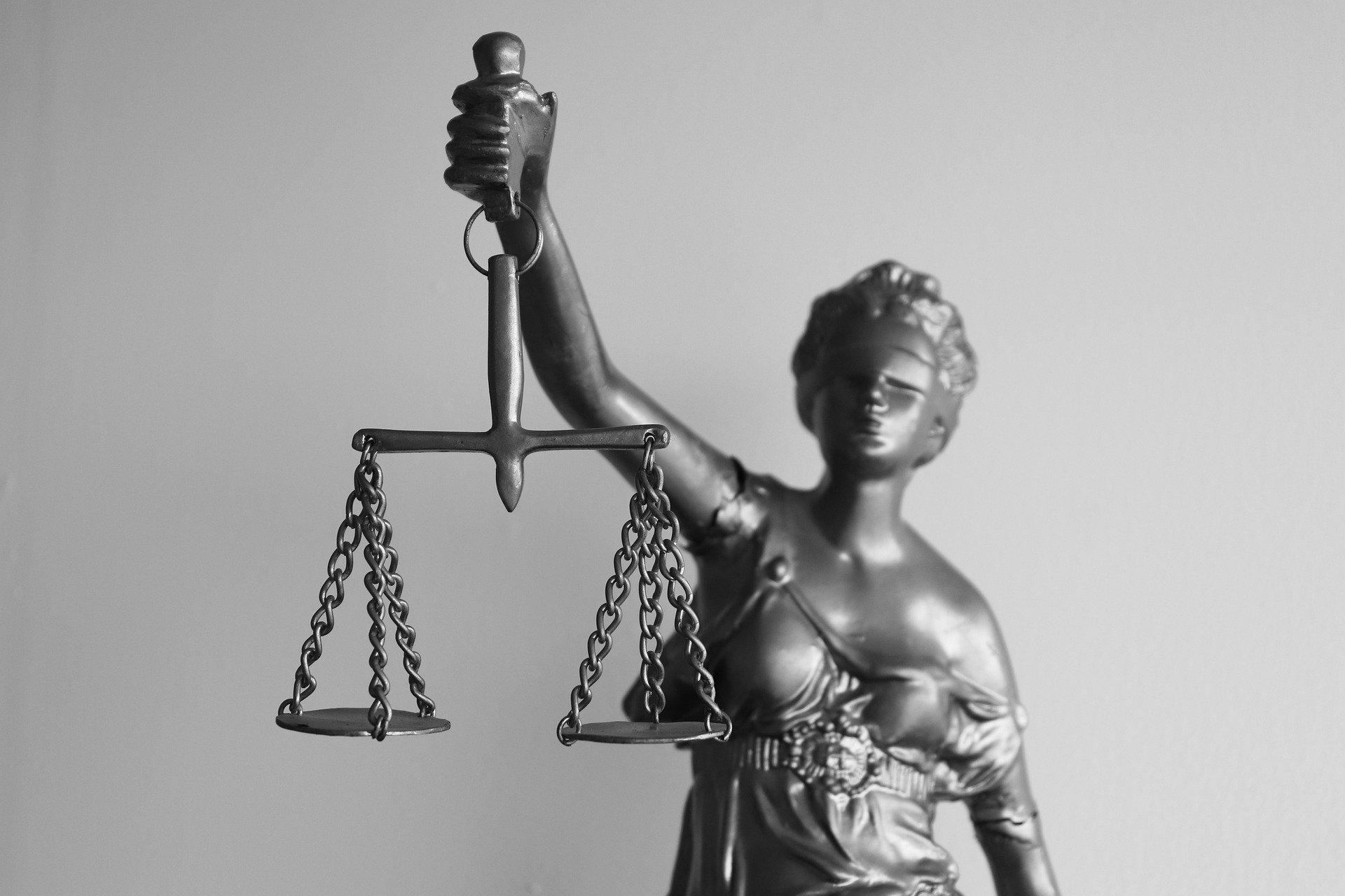 legal-5293009_1920